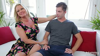 Chubby blonde mommy Maya Divine gives great blowjob to horny stud