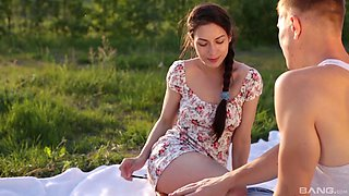 Picnic with a hottie can only mean that a hardcore sex will happen