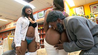 Mature ebony Diamond Mason with big tits rides a black dick