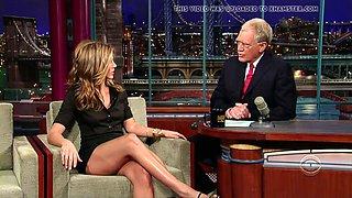 Jennifer aniston sexy legs!