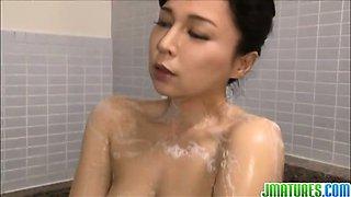 Japanese milf Mai Itou pleases naughty voyeur