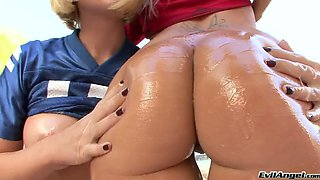 Duo of hot cheerleader blondies with oiled up butts let that horny guy lick their kitties