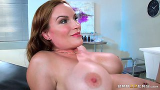 Mature redhead sex bomb gets plowed by her doctor