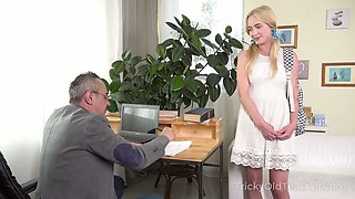 Pigtailed cowgirl Effy Sweet gives head and gets pink slit banged