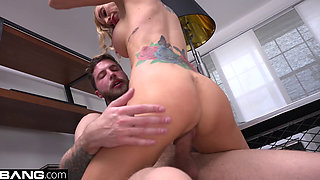 Boss babe Sarah Jessie fucks her assistant on the job