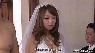 Japanese bride sucking cock during her wedding