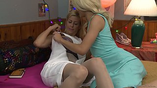 Experienced milf is licking pussy and sucking nipples of petite blonde Elsa Jean