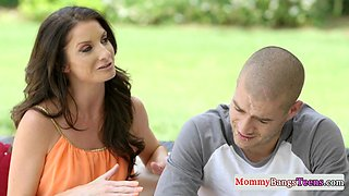 Cockriding stepmom gets rimmed in taboo ffm