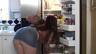 Chunky Housewife Anal-double penetration Outdoors