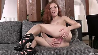 Hot redhead spreads her pink!!