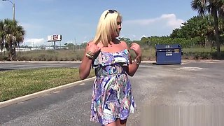 Ms Paris Rose is Full Naked in Public 2