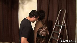 Wrinkled lusty landlady provides her renter a kinky blowjob out of the blue