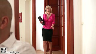 Secretary with killing hot cleavage Tiffany Rousso gives a blowjob and gets her boobs fucked