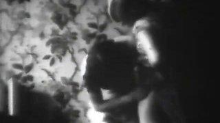 women's wrestling as a prelude (1920 harvest)