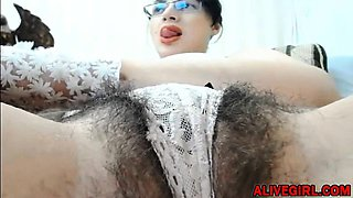 KissRose with hairy big bush pussy n hairy armpits ready 4 u