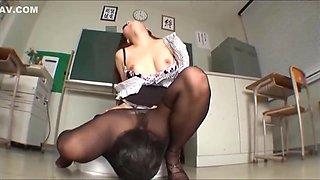 Japanese Pantyhose Cunnilingus Fetish Part 6