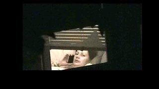 Spy bbw milf when she watch wank flash (part1)
