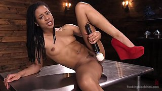 Athletic Ebony Sex-Kitten Kira Noir Gets an Anal Machine