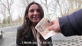 French amateur sucks dick in public