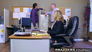 Brazzers - Big Tits at Work - Kagney Linn Kar