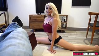 flexible blondie shows how to ride the d