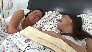 Incredible pornstars Becky Brielle and Erin Stone in fabulous blowjob, college xxx movie