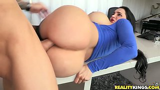 Voluptuous slut starts out in missionary position and ends up riding her man