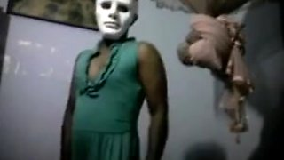 Sri Lanka Crossdresser lusty dance