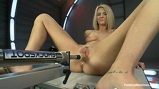 A Blonde That Loves Her Machine