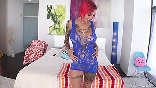 Anna Bell Peaks is a nasty redhead ready for an anal shag