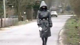 Viola Gummiklinik Frau Dr. Monteil T1