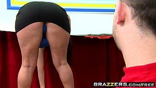 Curvy teen Sophie Dee takes Johnny Sins' big dick