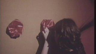 Jennifer Jordan & Linda Lovemore in The Bite Clip