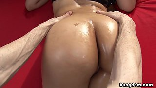 Fat Ass Latina Gets Her Sweet Pussy Fucked