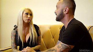 Jaw dropping fake tittied hooker Lolly Ink gets her pussy licked and fucked