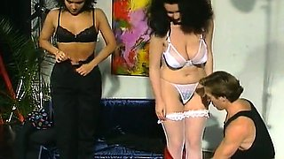 Andrea Molnar, Anette Montana, Dagmar Lost in vintage sex