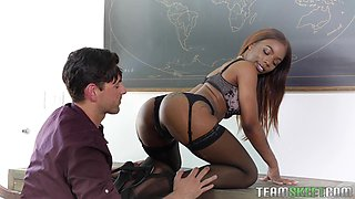 Curvy ebony babe Sarah Banks gets cum all over her huge tits
