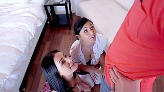 Hot Sisters Ariana Marie & Amanda Aims Caught Stealing S1:E4