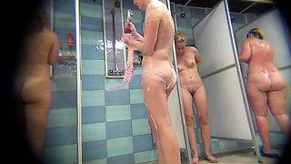 Voyeur on Shower