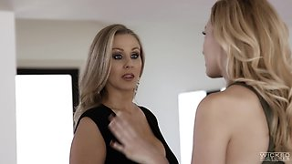 Julia Ann's amazing body makes a fellow's cock stiff