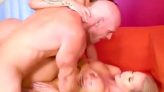 Chesty Babes Share Big Cock And Jizz Of Construction Guy