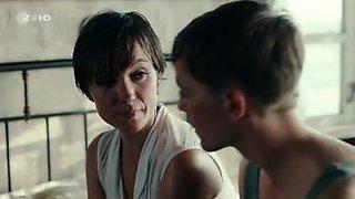 Julia Koschitz - Schweigeminute (TV Movie 2016) Sex Scene