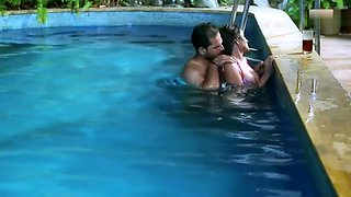 Bhabhi Ka Swiming Pull Romance II Hot Short Film