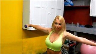 Rileyparks the gym slut