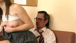 Chick is getting her fur pie ravished by teacher on the sofa