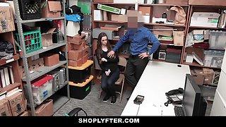 ShopLyfter - Teen Thief Gets Cocked