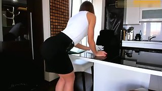 My horny secretary always give me a pleasure