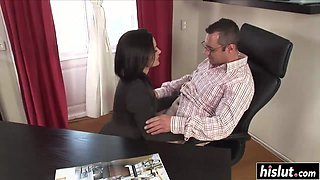 Office babe gets fucked by the boss