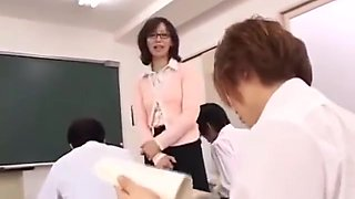 Japanese Free Use - Invisible Student POV (SPRD-382)