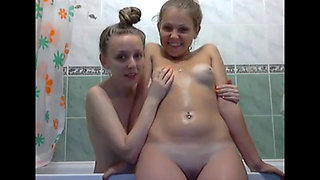 Bathtub fun   2145